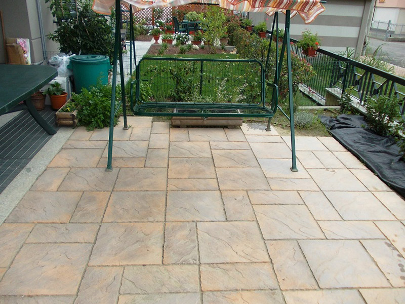 Chalice Honey Brown Paving